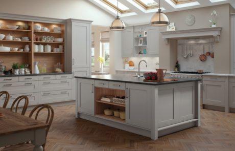 georgia-painted-light-grey-kitchen-main