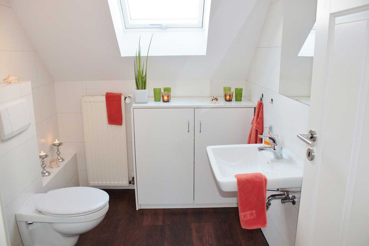 9 Ways To Make A Small Bathroom Look Bigger